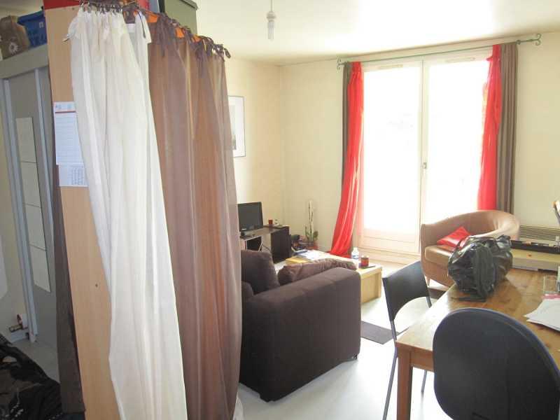 Studio avec coin chambre